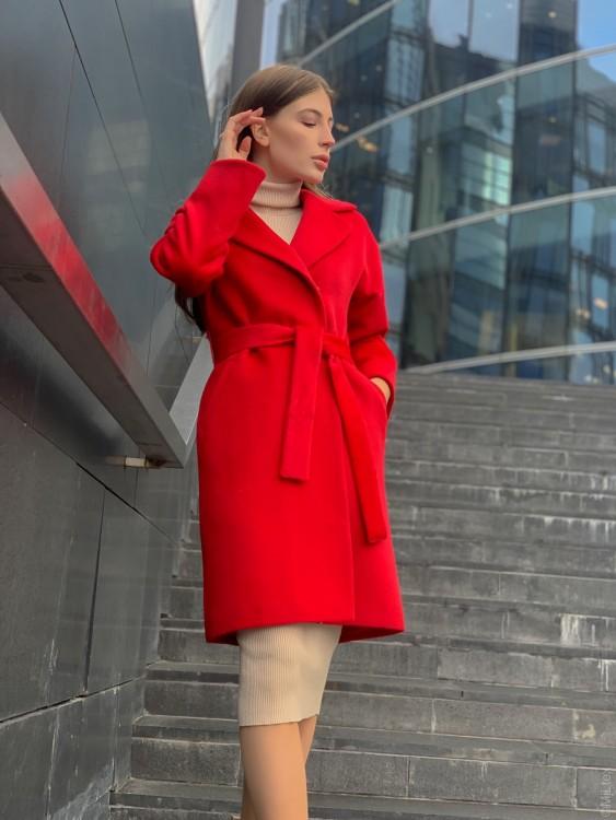 Зимнее пальто халатного типа со съемным утеплителем, красное. Арт. 297у
